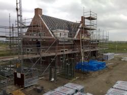 raadbouw bv huis onder constructie