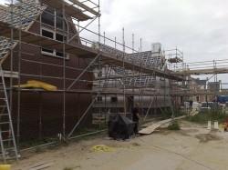 raadbouw bv huis met steigers 2