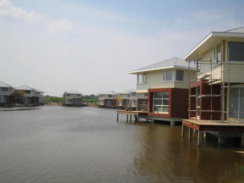Geveke Bouw Heerenveen meer met 2 huizen